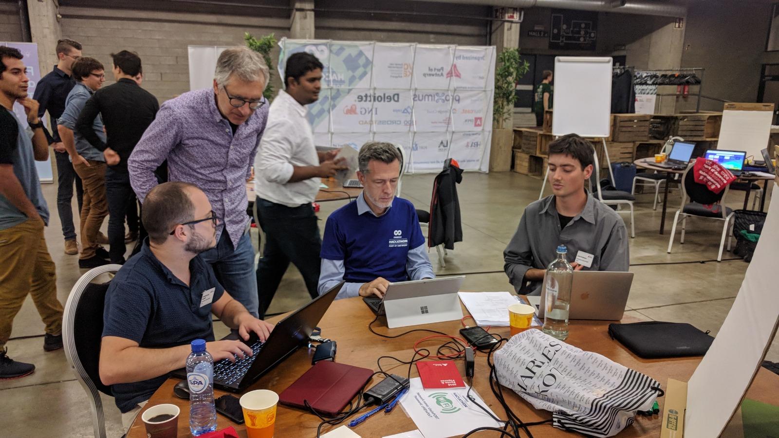 Codit T-minind ChainPORt hackathon IoT Blockchain